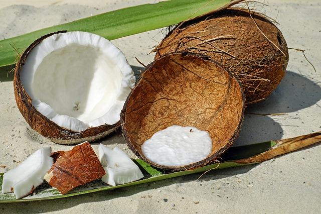 rozpůlený kokos